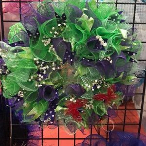 Other - Green and purple decorative wreath